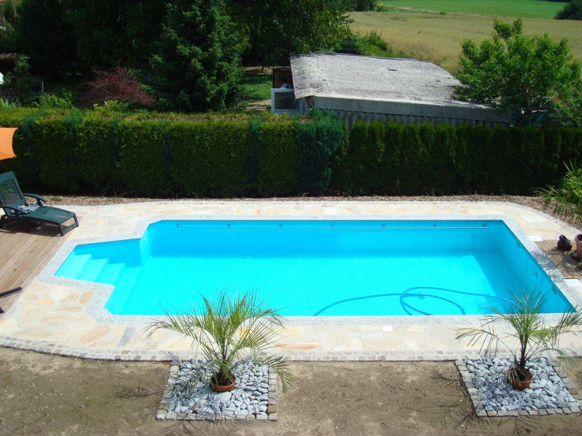 beratung planung und komplett montage ihres schwimmbades schwimmbecken pool. Black Bedroom Furniture Sets. Home Design Ideas